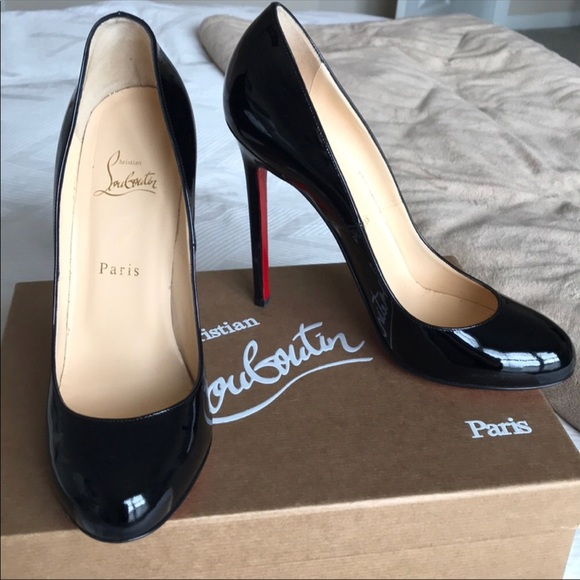 a10f452ac25 Louboutin Lady Lynch Black Patent Pumps